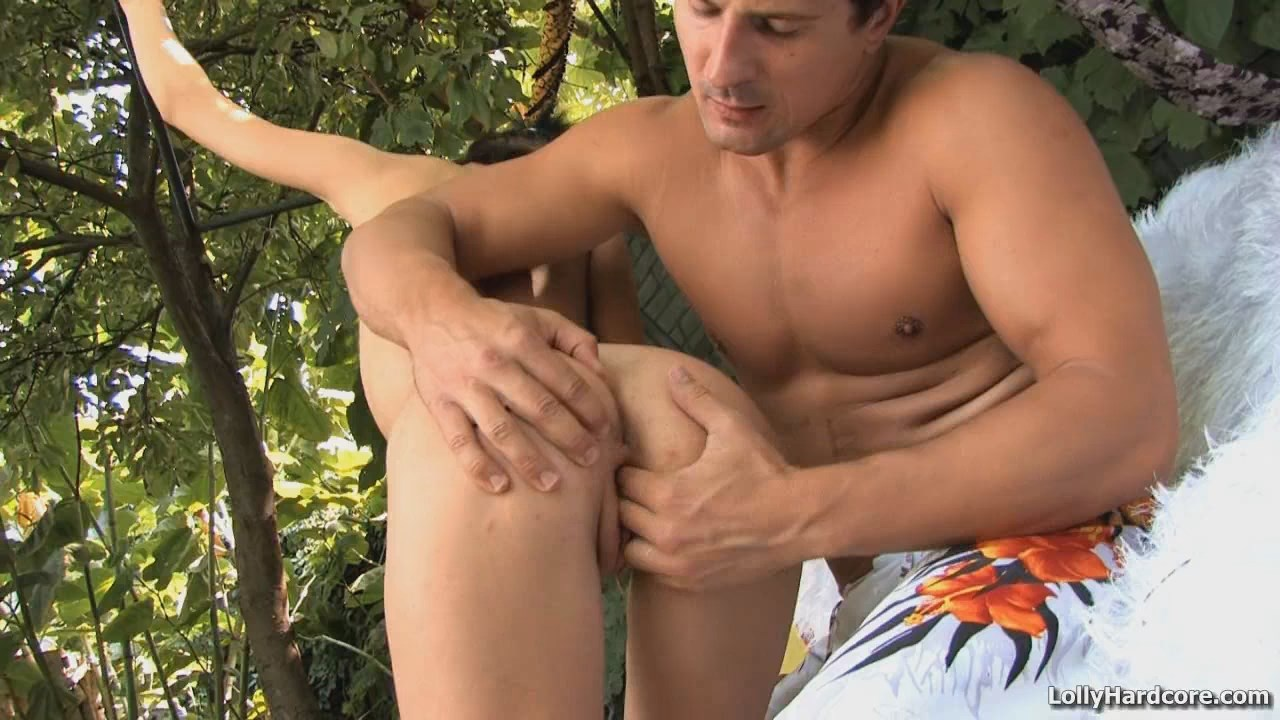Adorable skinny brunette fucked on the backyard