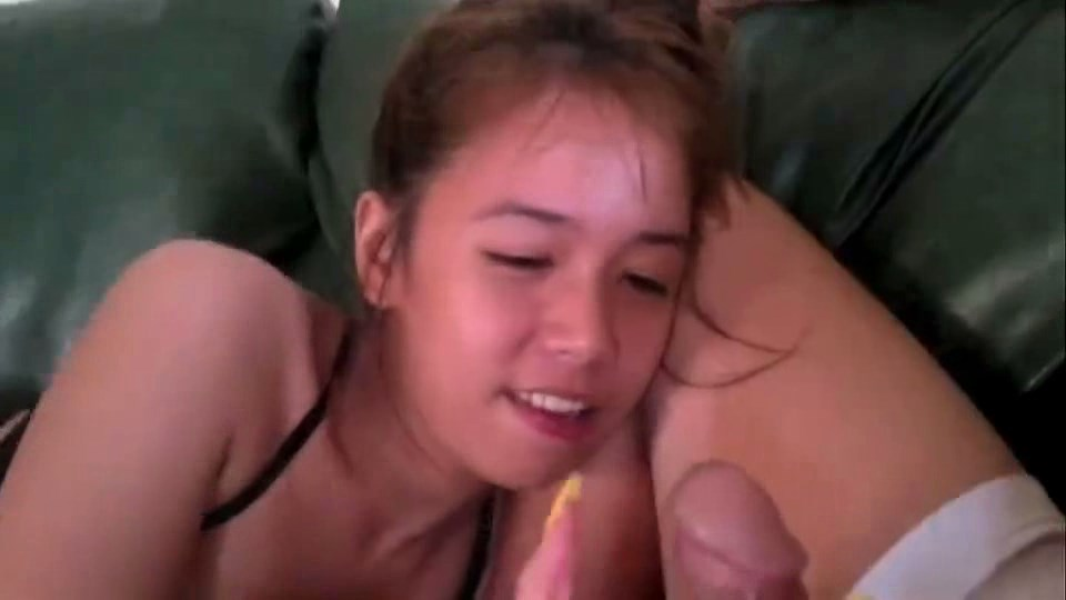 Sweet 18 y.o. thai suck