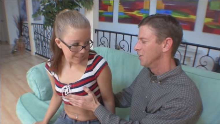 Skinny small babe fucked hard on casting. MUST SEE!