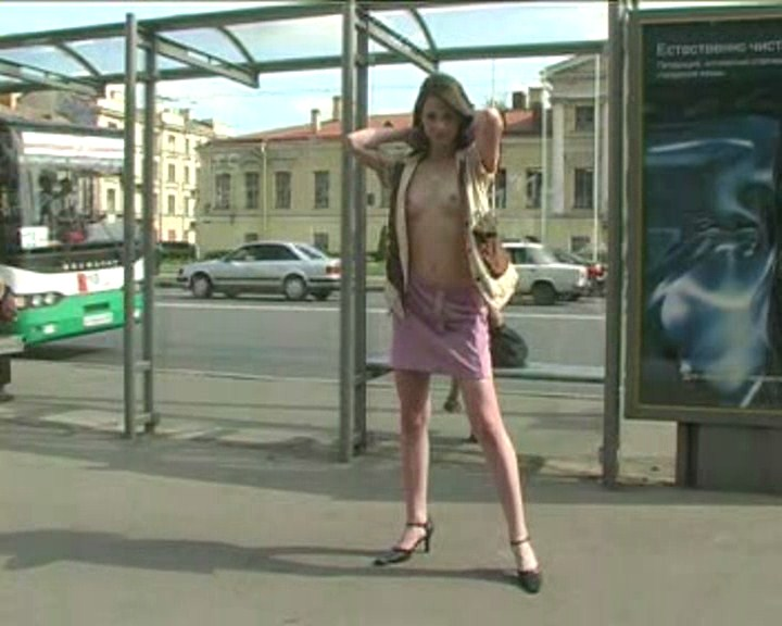 Public nudity with this fantastic teenage doll. MUST SEE!