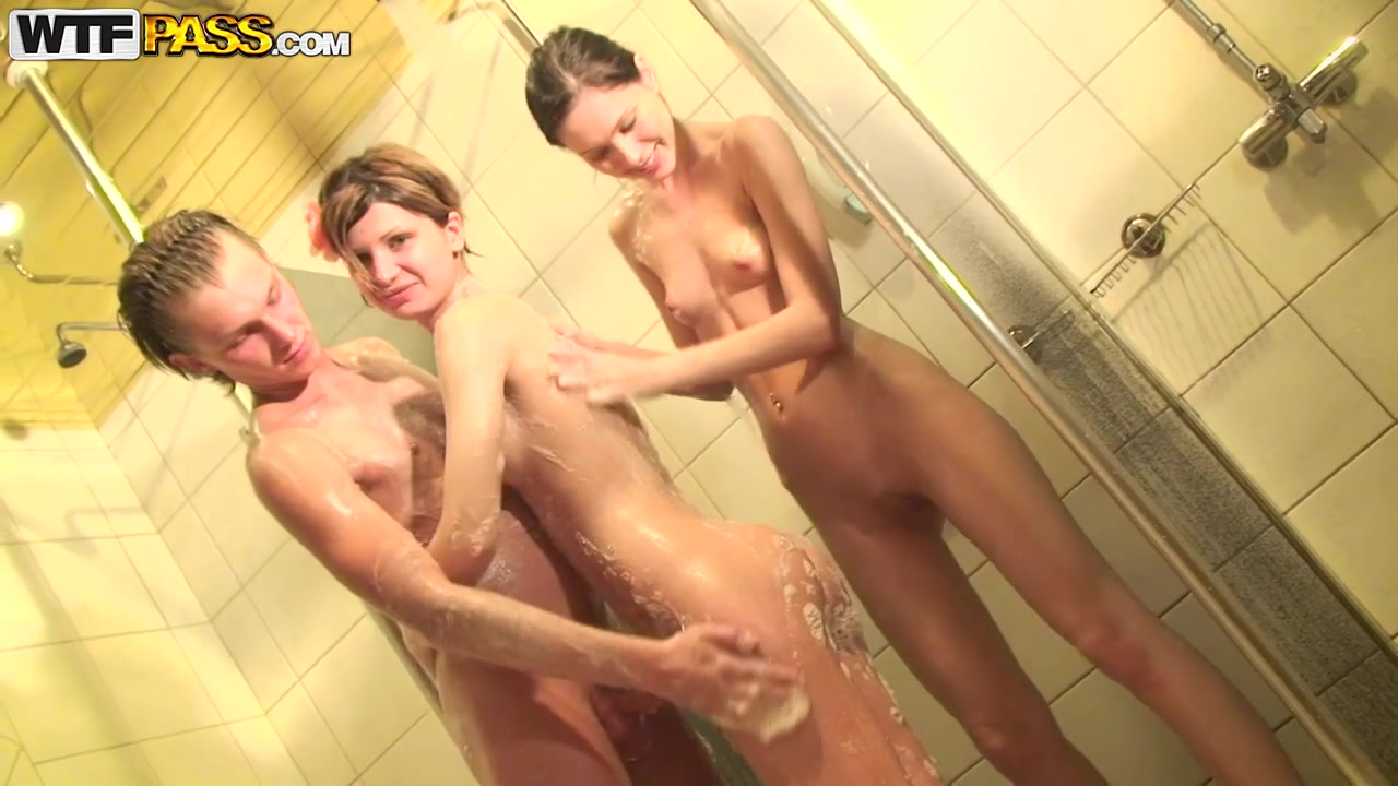 Showertime with two FANTASTIC innocent dolls! EPIC!