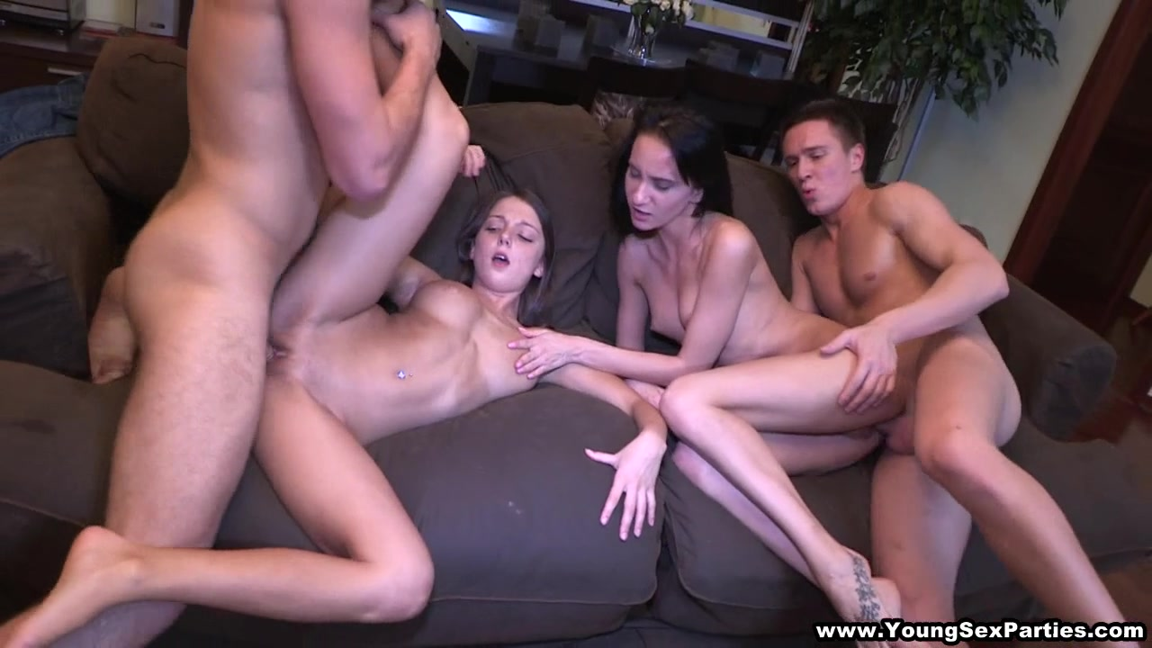 AMAZING sex party with two beautiful girls