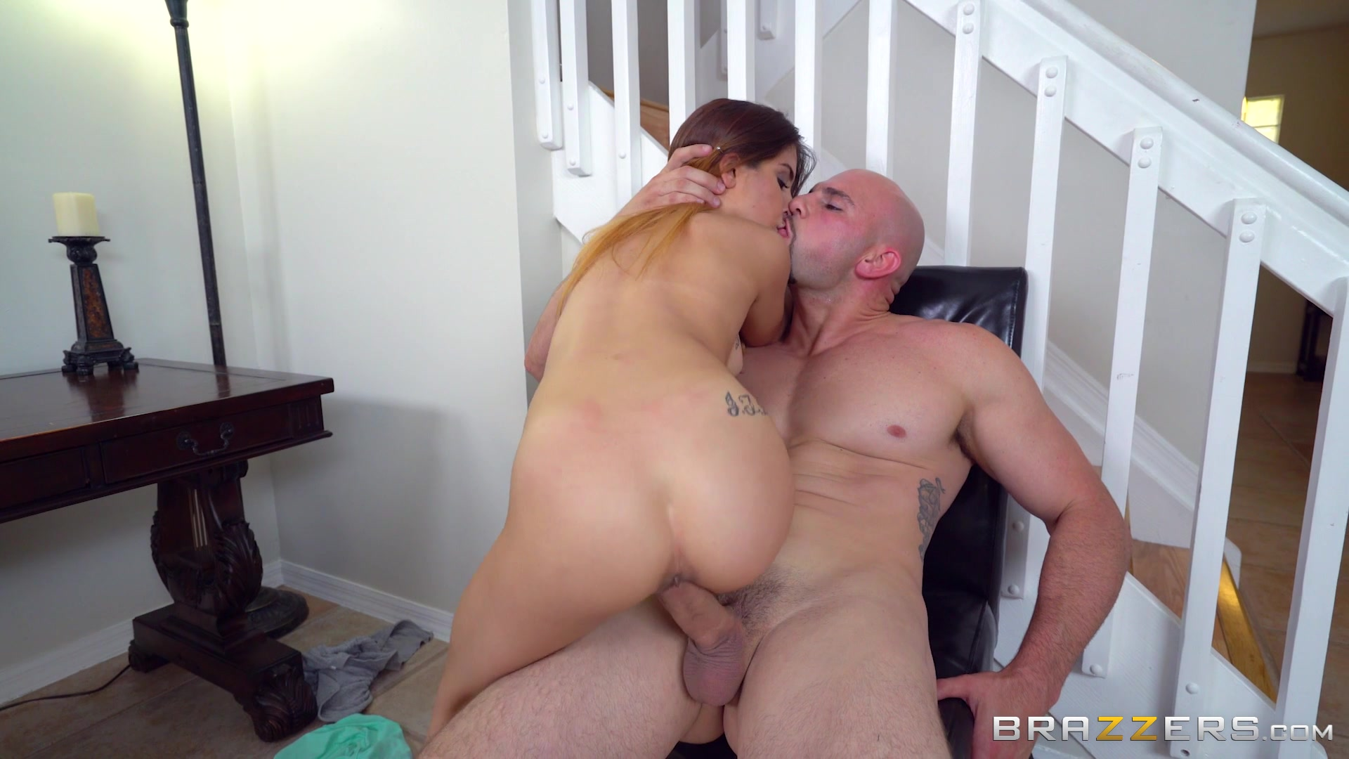 [Teens Like It Big] Jul 02, 2016 Sally Squirt (Quality Time With Stepdaughter) HD 1080p