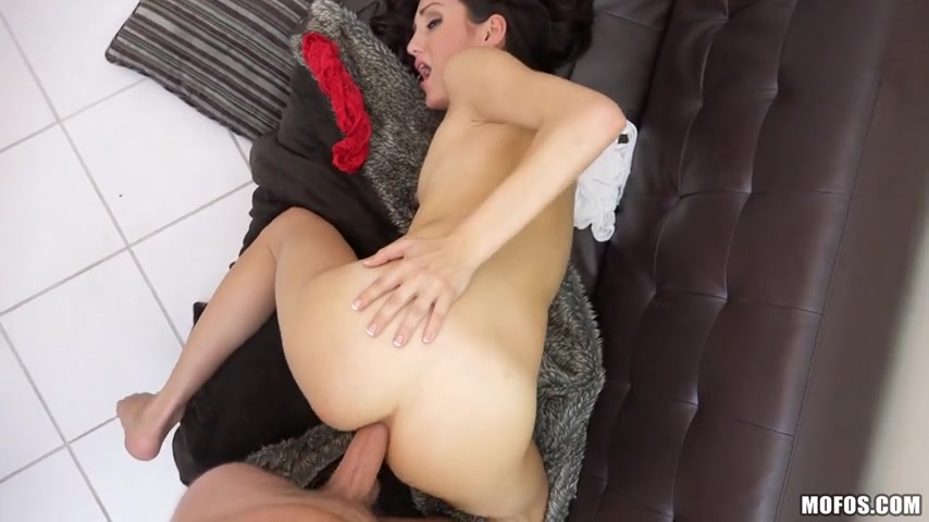 [LetsTryAnal] Renee Roulette - Read the Signs She Wants Anal [XXX]
