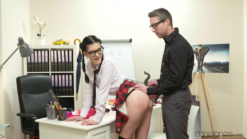 Anie Darling, Lutro Steel - Spanking for naughty schoolgirl