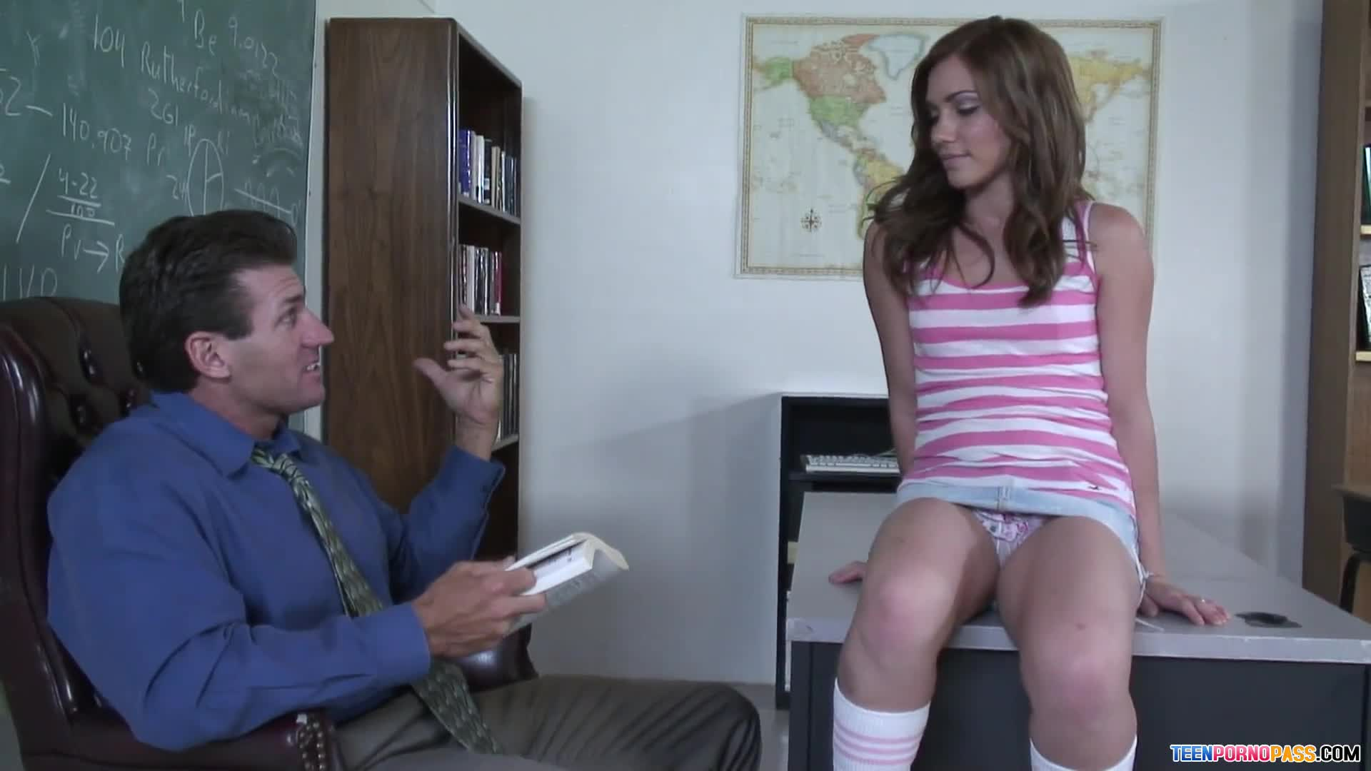 Dakoda Brookes - Screwing Teacher After Class