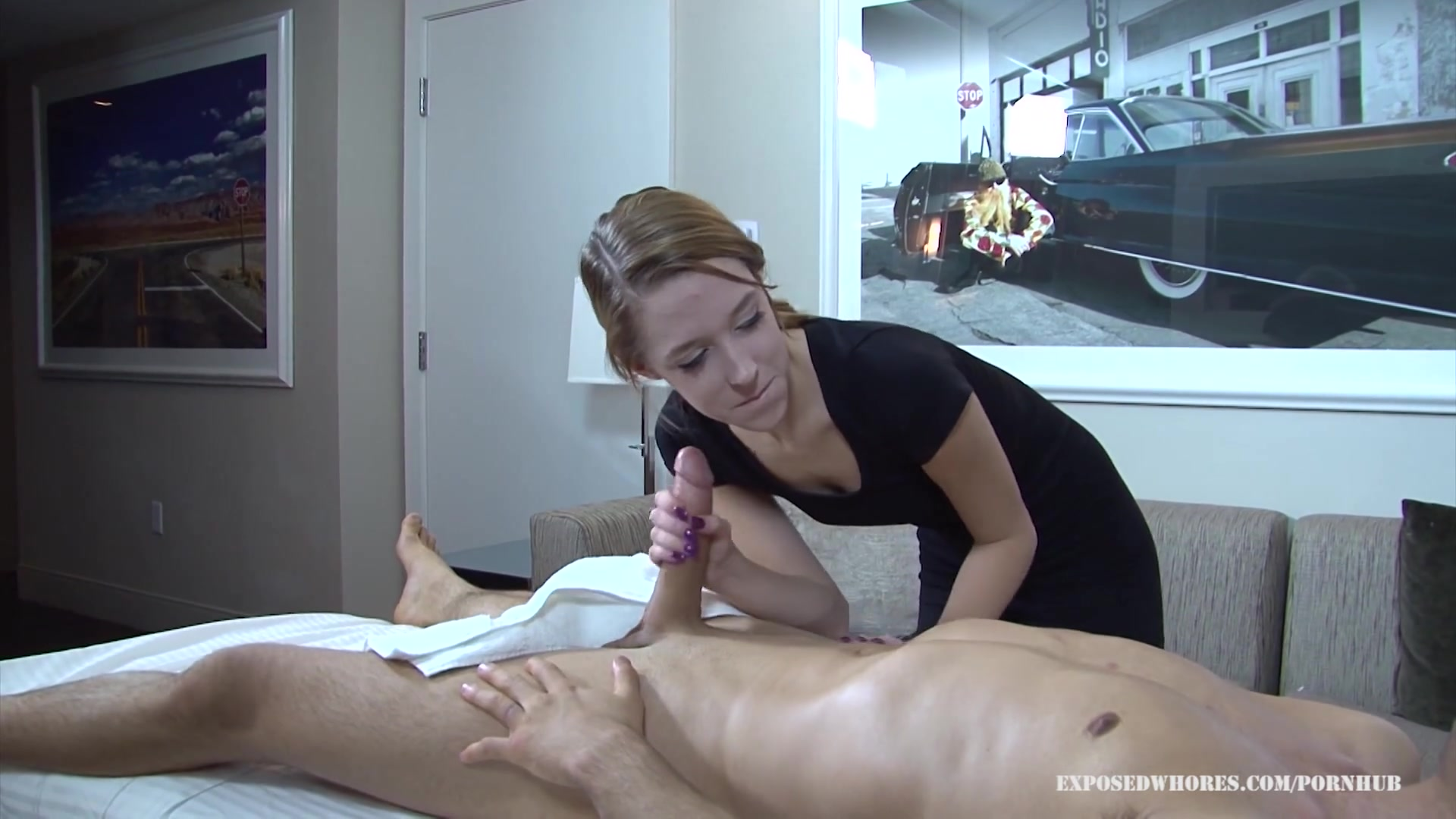 Massage whore lola hunter gets lucky with her client he has a huge cock 7