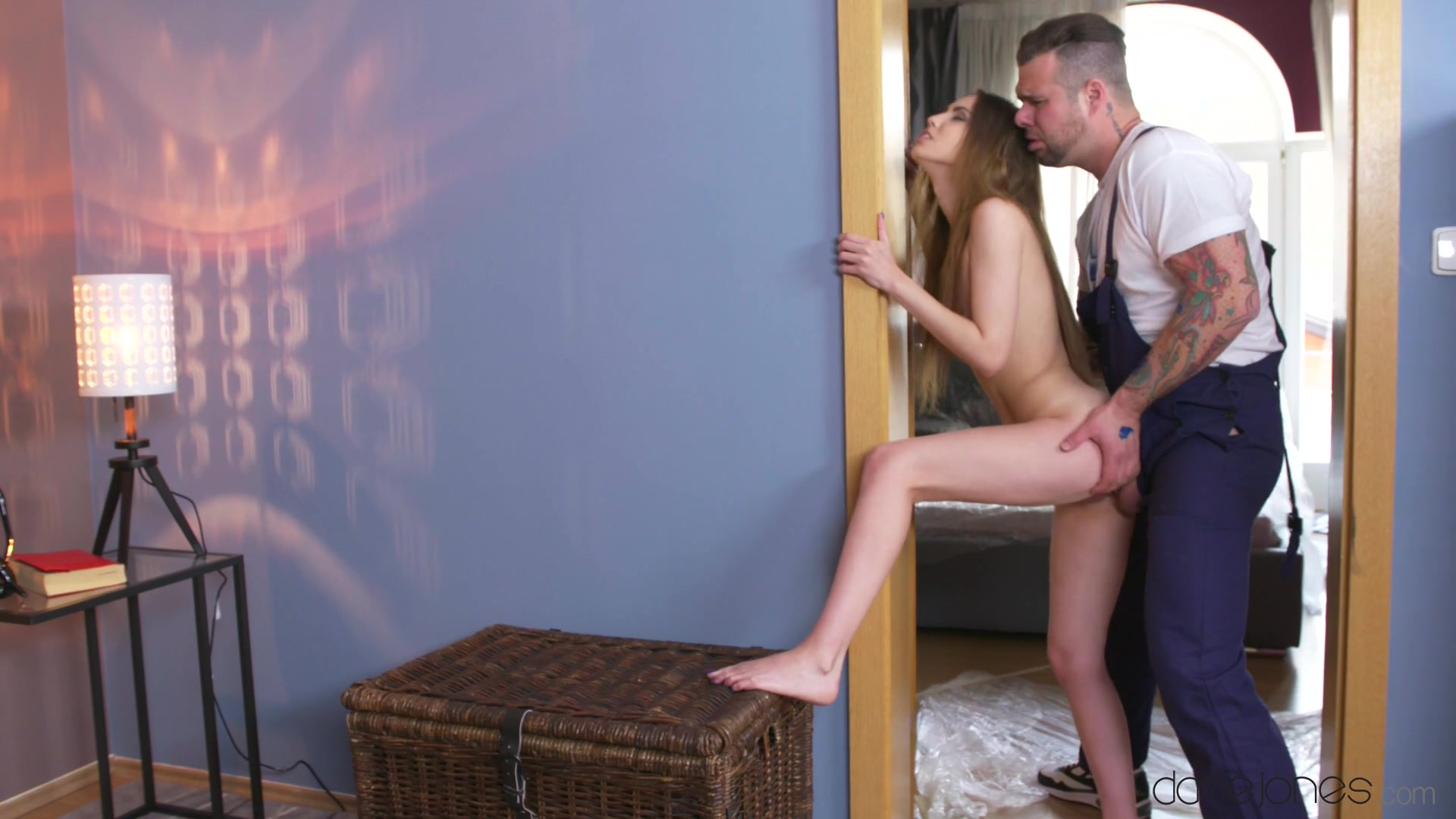 Elle Rose, Martin Gun - Handyman Fucks Cute Girl Home Alone