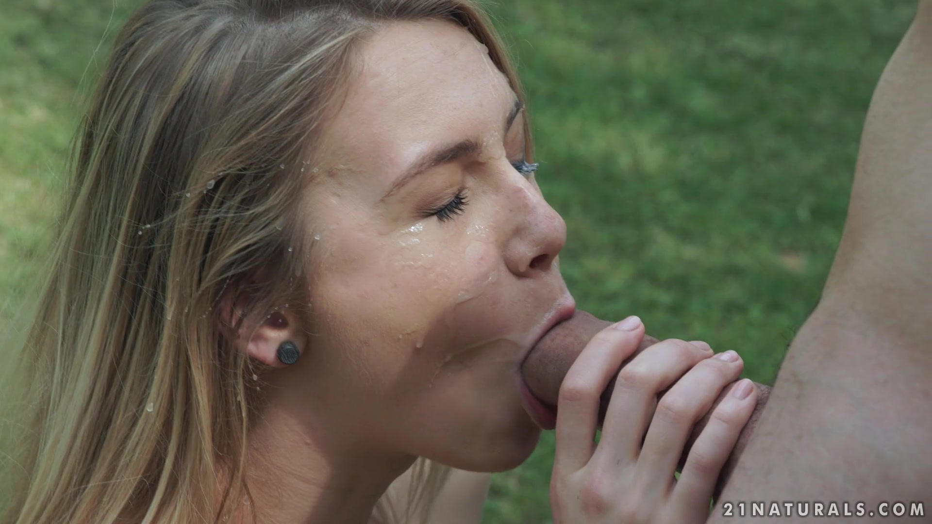 Alecia Fox, Raul Costa - Sex At The Park