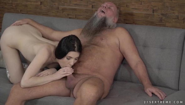 Mia Evans - Mr Creamy