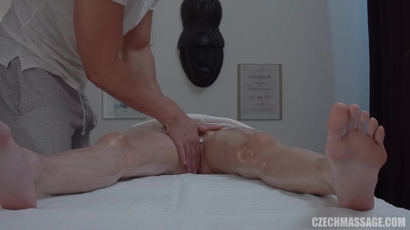 Amateurs - Czech Massage 389