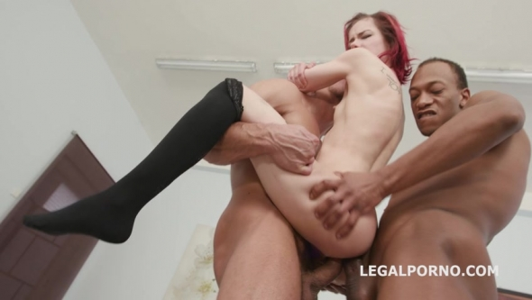 Kira Roller - 6 On 1 Piss Gangbang With Kira Roller Balls Deep Anal, DAP, Gapes, Pee Drink, Crempie To Glass, Swallow