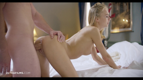 Elle Rose, Nancy A - On a Knife Edge 2
