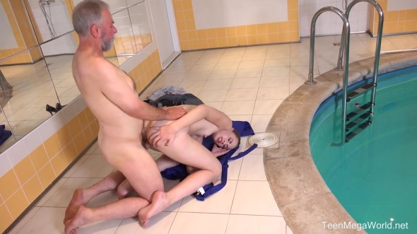 Ilona C - Fresh babe and old pool boy