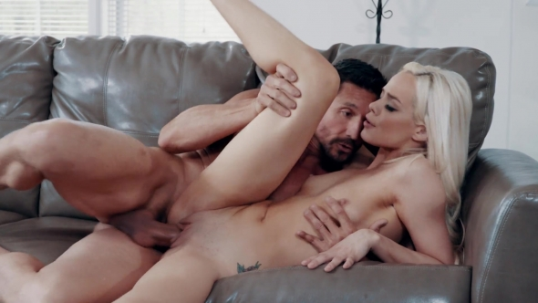 Elsa Jean - Babysitter 13 - Part 4: Special Services Provided