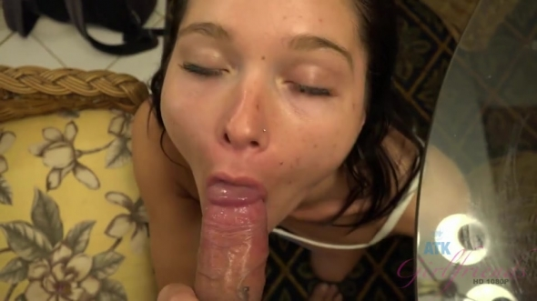 Zoe Bloom - Zoey wants your cum in her tight ass