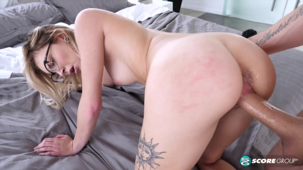 Chloe Temple - Suckin and Fuckin Nerds