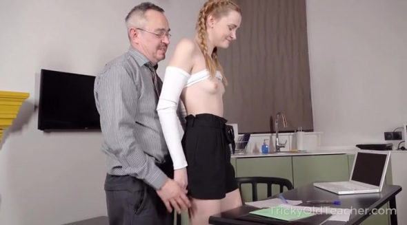 Ivi Rein - Sexy outfit earns an honors degree and orgasm