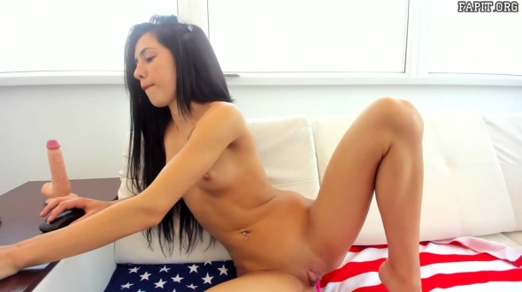Introducing young emmasweetx 16 of june 2019 show