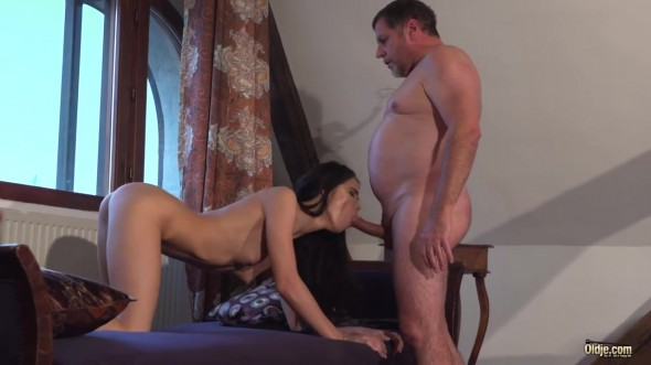 Lovenia Lux - Hungry for Sex
