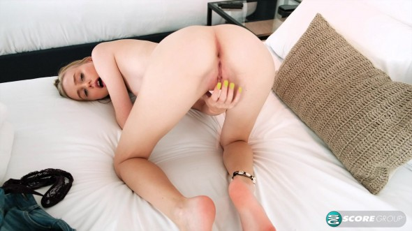 Tiny cutie with an outsized sex drive 1080p