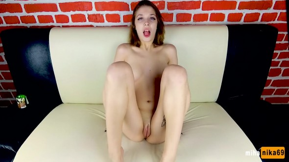 Girl rubbing her cum covered pussy 1080p