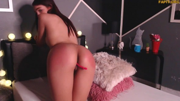 Sexual solo fun with friendly Emily